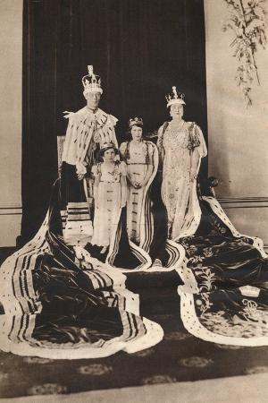 king-george-vi-and-queen-elizabeth-on-their-coronation-day-1937