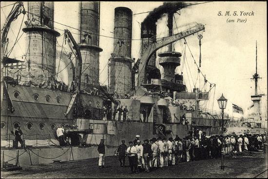 kriegsschiffe-deutschland-s-m-s-yorck-im-hafen