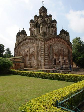 krishna-chandra-mandir-temple-kalna-west-bengal-india