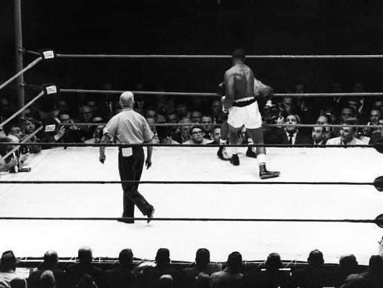 lacey-crawford-sonny-liston-and-floyd-patterson-1962