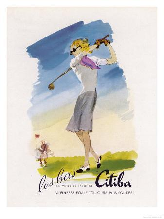 lady-golfer-takes-a-swing