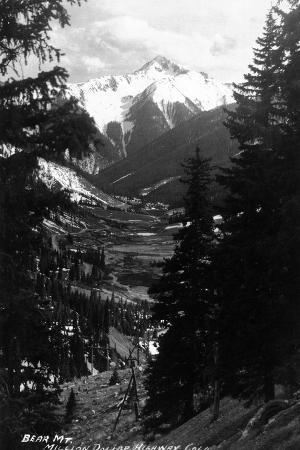 lantern-press-colorado-bear-mountain-from-million-dollar-hwy