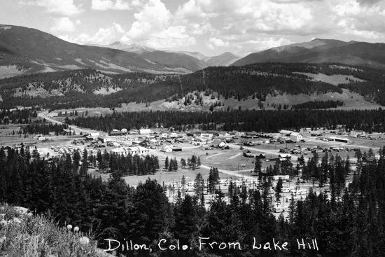 lantern-press-dillon-colorado-panoramic-view-of-town-from-lake-hill