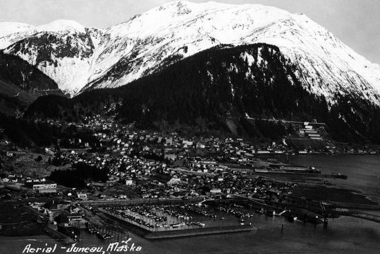 lantern-press-juneau-alaska-aerial-view-of-town