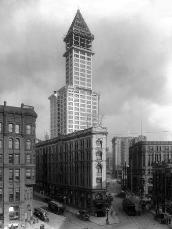 lantern-press-pioneer-square-and-smith-tower-construction-seattle-wa