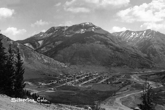 lantern-press-silverton-colorado-aerial-view-of-town