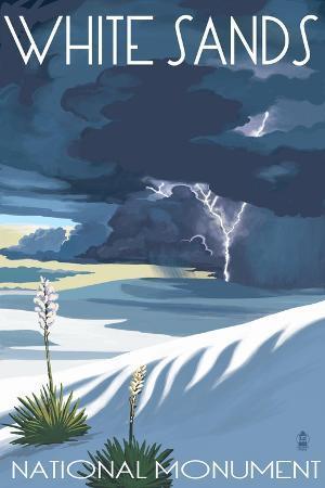 lantern-press-white-sands-national-monument-new-mexico-lightning-storm