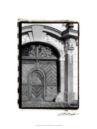 laura-denardo-prague-passageway-iii