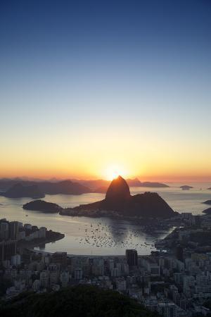 lazyllama-rio-de-janeiro-brazil-golden-sunrise-sugarloaf-mountain