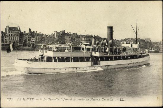 le-havre-trouville-faehrschiff-mit-blick-auf-d-stadt