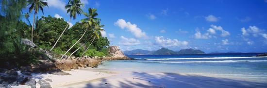 lee-frost-anse-severe-praslin-seychelles