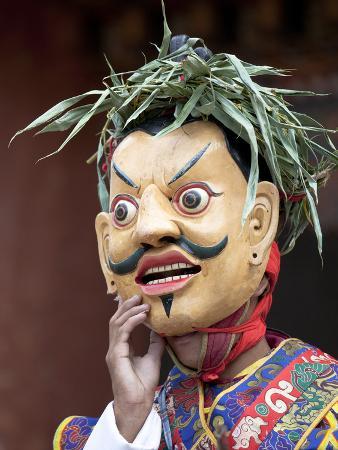 lee-frost-monk-wearing-wooden-mask-during-traditional-performance-wangdue-phodrang-tsechu-wangdue-phodrang