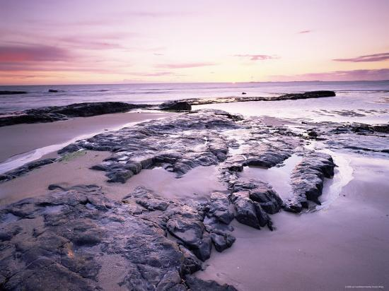 lee-frost-sunrise-over-north-sea-from-bamburgh-beach-bamburgh-northumberland-england-united-kingdom