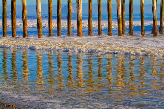 lee-peterson-pier-reflections-i