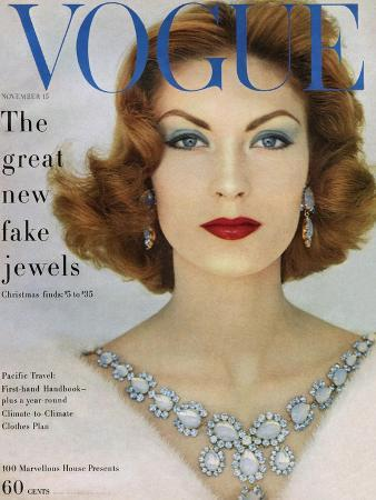 leombruno-bodi-vogue-cover-november-1957-blue-jewels