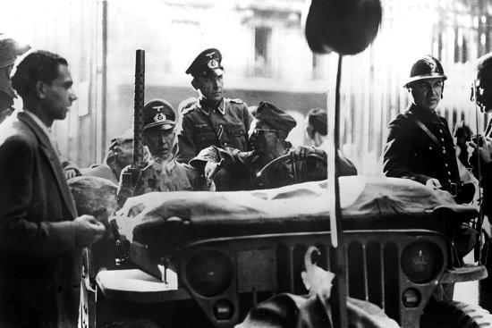 liberation-of-paris-25-august-1944