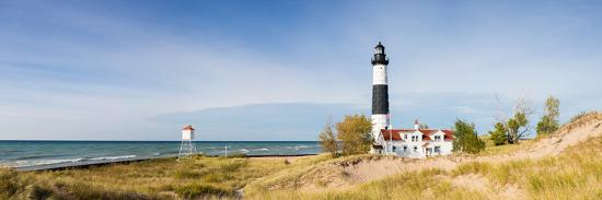 lighthouse-on-the-coast-big-sable-point-lighthouse-lake-michigan-ludington-mason-county