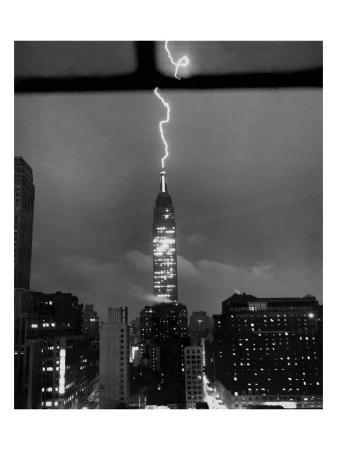 lightning-striking-the-empire-state-building-new-york-city-july-9-1945