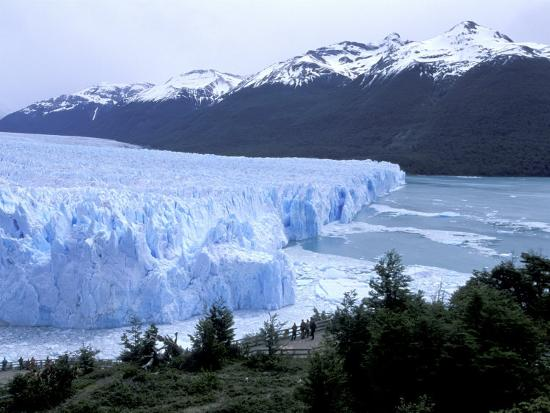 lin-alder-santa-cruz-perito-moreno-glacier-on-lake-argentina-patagonia-argentina