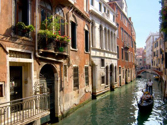 lisa-s-engelbrecht-gondolas-along-canal-venice-italy