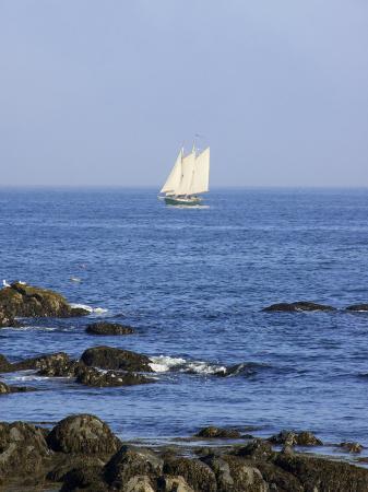lisa-s-engelbrecht-sailboat-along-the-coast-kennebunkport-maine-usa