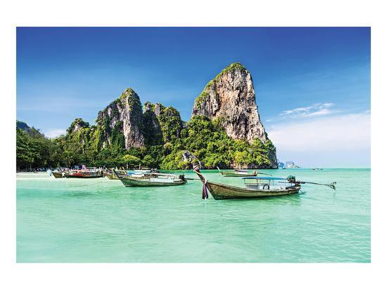 longtale-boats-on-thai-beach