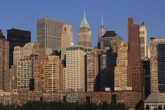 lower-manhattan-seen-from-a-boat-new-york-united-states-aerial-view