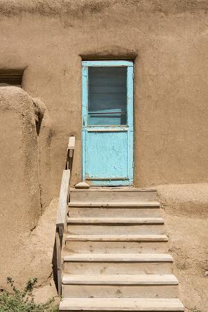 luc-novovitch-new-mexico-taos-pueblo-architecture-style-from-pre-hispanic-americas