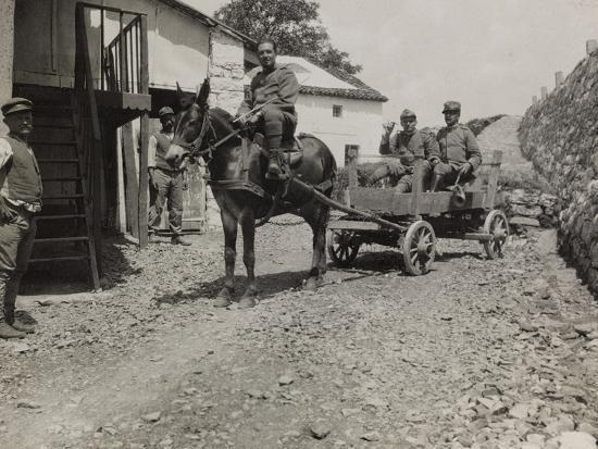 luigi-verdi-ambulance-73-officers-during-the-first-world-war