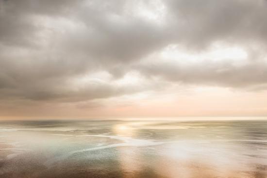 lynne-douglas-as-the-sun-rose