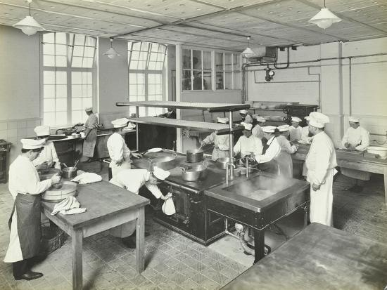male-cookery-students-at-work-in-the-kitchen-westminster-technical-institute-london-1910