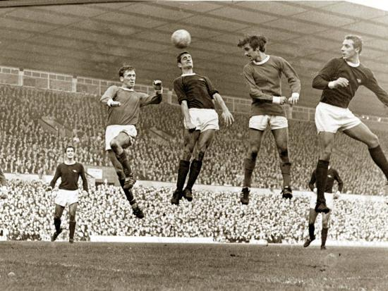 manchester-united-vs-arsenal-football-match-at-old-trafford-october-1967