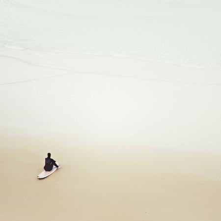 margaret-morrissey-waiting-for-the-waves