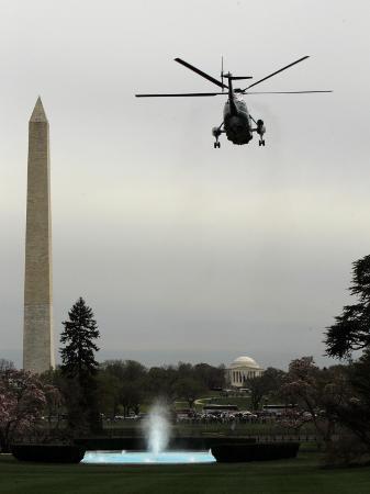 marine-one-with-president-barack-obama-aboard-leaves-the-white-house-in-washington