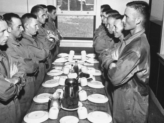 marines-standing-at-attention-before-eating-in-the-mess-hall