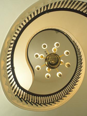 mark-gibson-spiral-staircase-state-capitol-building-montgomery-alabama