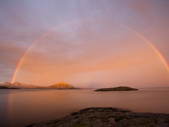 mark-hannaford-nordland-helgeland-a-rainbow-at-midnight-norway