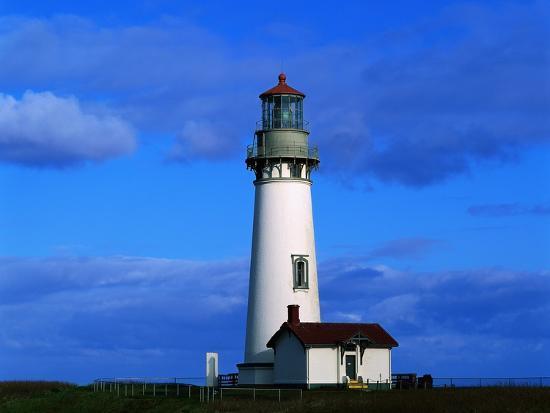 mark-karrass-yaquina-head-lighthouse