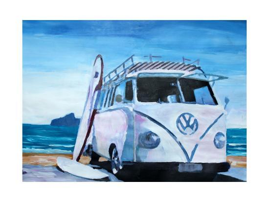 markus-bleichner-the-white-volkswagen-surf-bus
