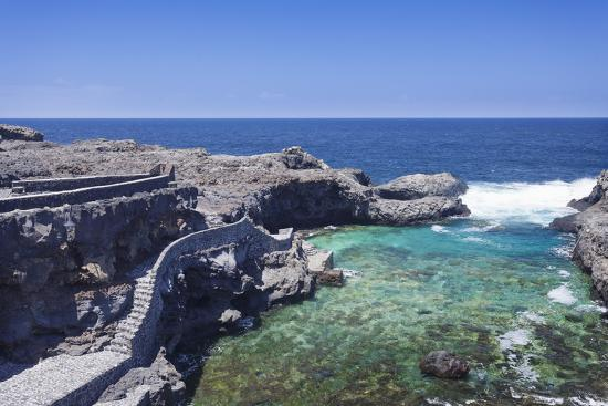 markus-lange-natural-swimming-pool-charco-manso-bay-punta-norte-near-echedo-el-hierro-canary-islands-spain