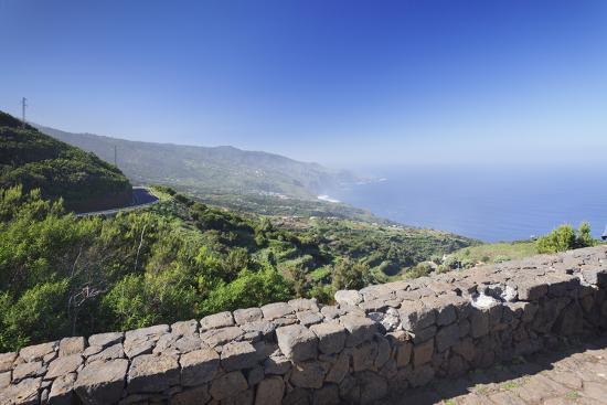 markus-lange-view-from-mirador-de-la-tosca-over-the-north-coast-barlovento-canary-islands