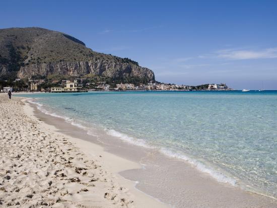 martin-child-beach-mondello-palermo-sicily-italy-mediterranean-europe