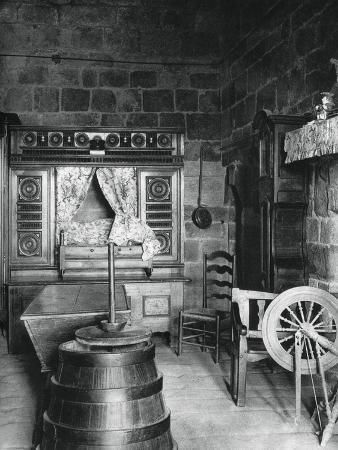 martin-hurlimann-interior-dinan-brittany-france-1937