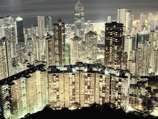 martin-puddy-hong-kong-skyscrapers-and-apartment-blocks-at-night