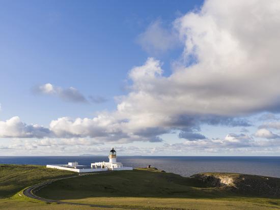 martin-zwick-north-lighthouse-fair-isle-scotland-shetland-islands
