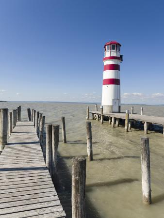 martin-zwick-podersdorf-am-see-on-the-shore-of-lake-neusiedl-burgenland-austria