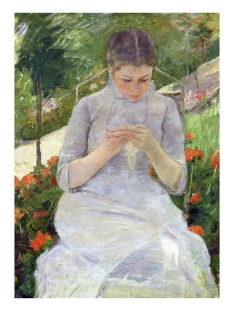 mary-cassatt-young-woman-sewing-in-the-garden
