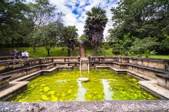 matthew-williams-ellis-bathing-pool-kumara-pokuna-of-parakramabahu-s-royal-palace