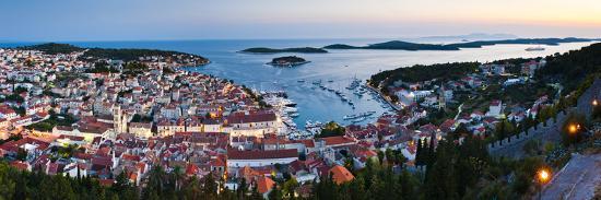 matthew-williams-ellis-hvar-town-and-the-pakleni-islands-paklinski-islands-at-night