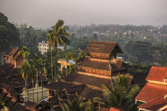 matthew-williams-ellis-kyaik-tan-lan-pagoda-the-hill-top-temple-in-mawlamyine-mon-state-myanmar-burma-asia